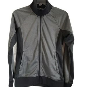 The North Face Ladies Tech Full Zip Jacket in Gray